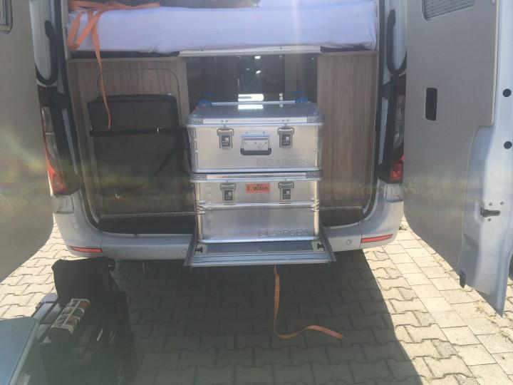 Videoblogger wollen autark sein - Zarges Aluminiumboxen K470