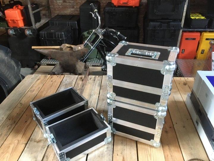 Kunde hatte schwere Maschinenteile - Flight-Cases als Sonderverpackungen
