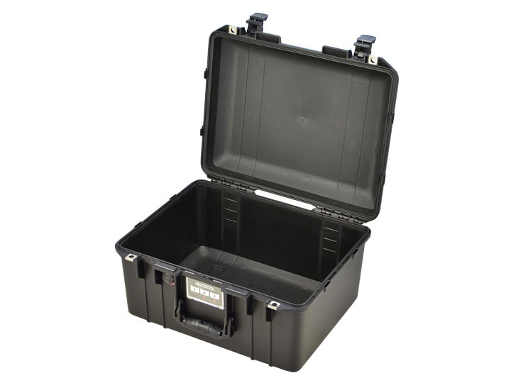 Peli Air Case 1557 leer