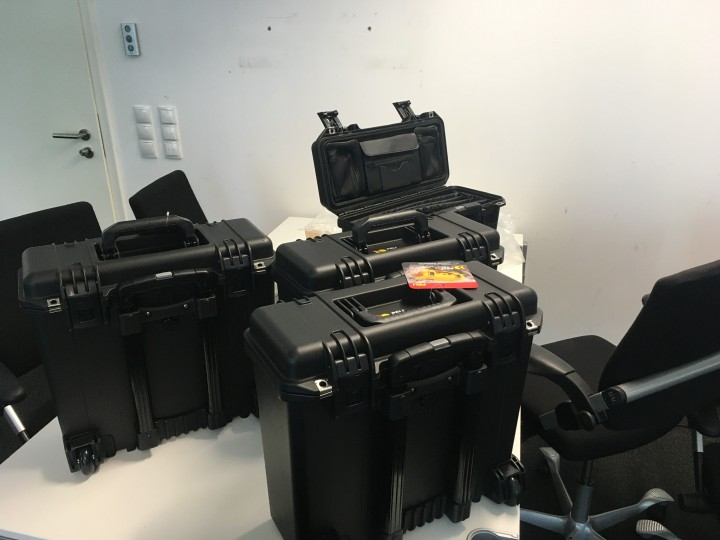 Tierarzt, Werksarbeiter und IT-Firma brauchen Toploader - Peli Case 1430,1440 und iM2435 für Laptops, Tablets und Notebooks