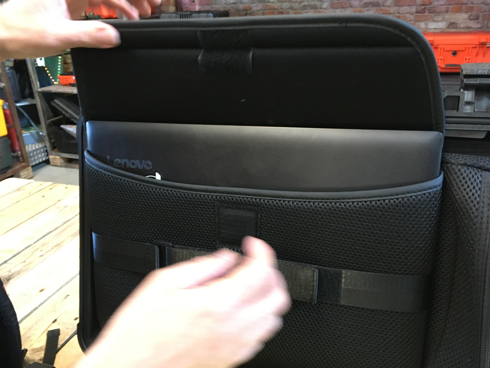 Peli Case 1510 SC Laptoptasche 15,4 Zoll