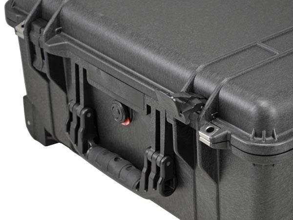 Peli Case 1560 LFC with foam and laptop sleeve