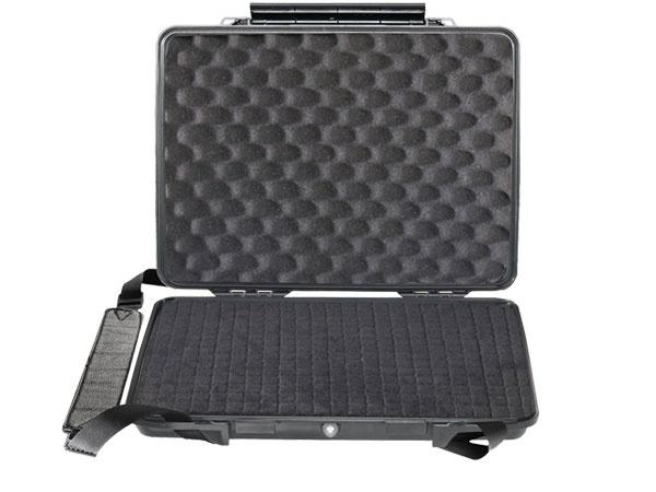 Peli Micro Case 1095 Laptop-Hardcase mit Schaumstoff