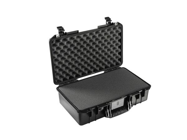 Peli Air Case 1525 noir avec mousse prédécoupée
