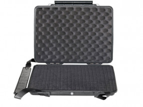 Peli Micro Case 1095 laptop hardcase with foam