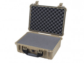 Peli Case 1520 with foam desert tan
