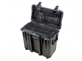 Peli Case 1440 with divider set