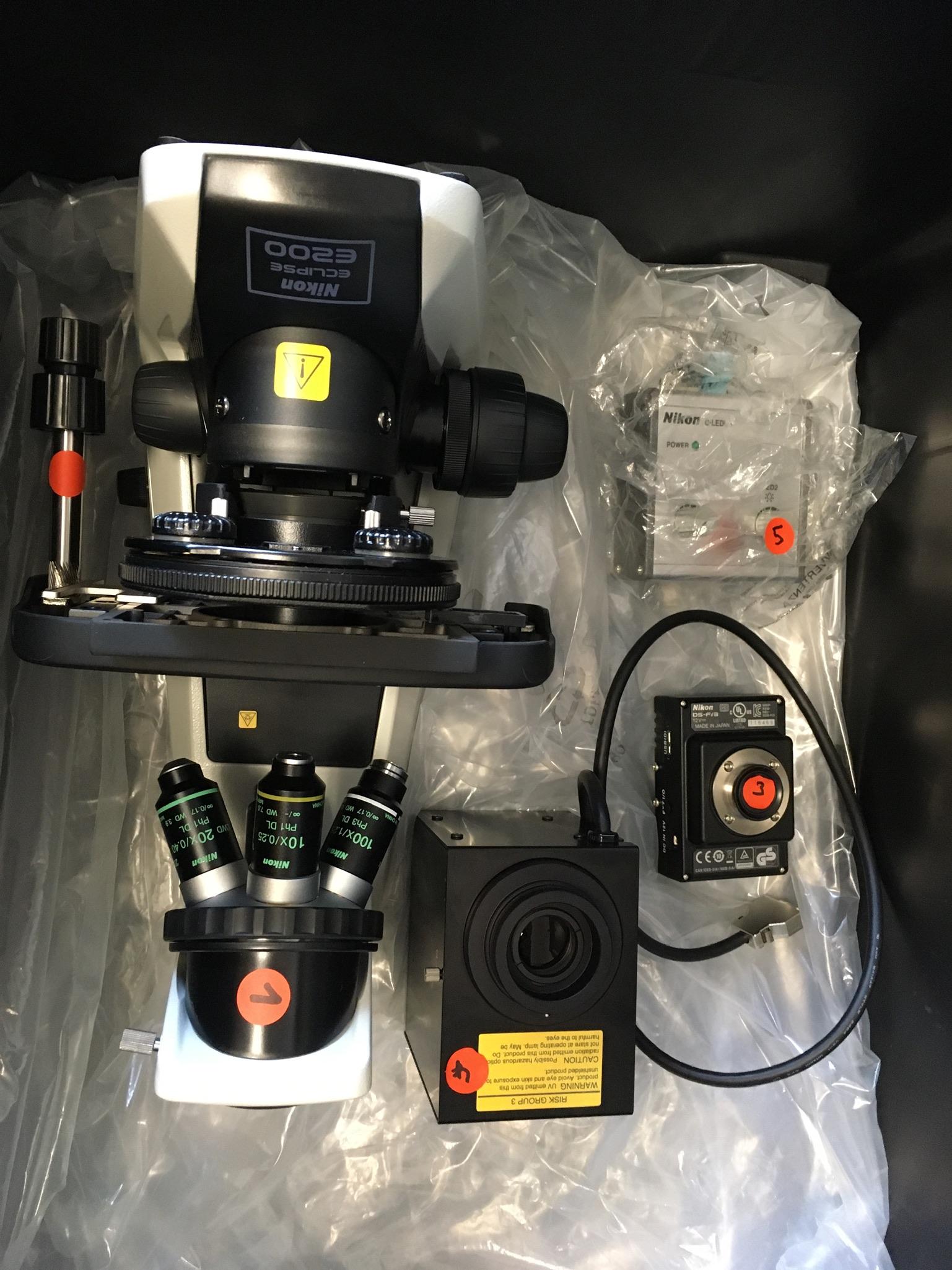 Peli-Air-Case-1637-Teile-im-Koffer