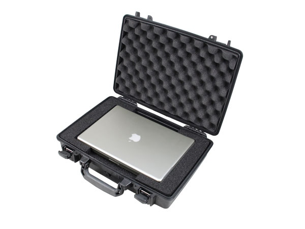 Peli Case 1470 pour Apple MacBook Pro 13,3""